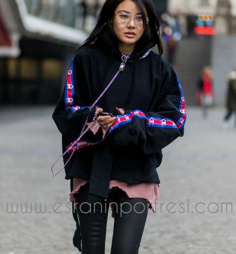 2 sweatshirt ile stil onerileri_mini