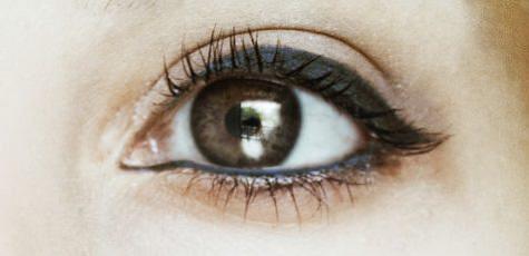 1 göz rengine gore eyeliner rengi onerileri_mini