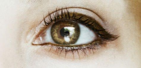 2 göz rengine gore eyeliner rengi onerileri_mini