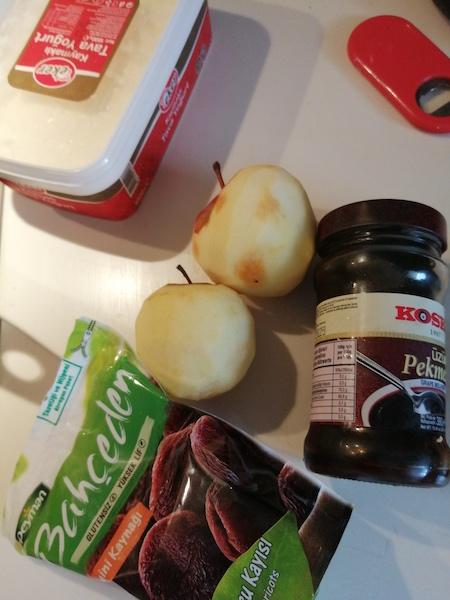 Rafine Şekersiz, Filizlendirilmiş Karabuğday Unlu Elmalı Kek Tarifi